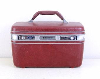 Vintage Samsonitea Maroon Color Train case, Travel case, Cosmetic box / Item No 51016
