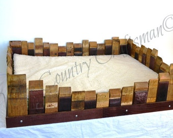 Cat Bed - SIESTA - Wine Barrel Stave and Tank Wood // Pet Supplies // Cat Box // Animal Lovers // High Quality Products // Table Bed
