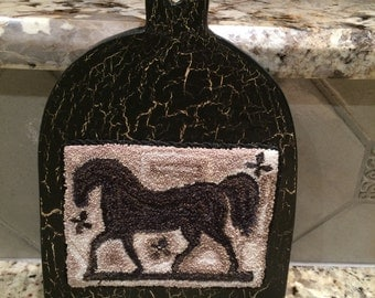 Folk art punch needle horse. Notforgotten Farm pattern punched with Valdani perle cotton