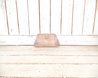 Vintage tan/mauve leather clutch purse/alligator/croc embossed/animal print leather hand bag/Bueno
