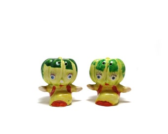 Vintage anthropomorphic melon head salt pepper shakers - Gourd, squash, Made in Japan
