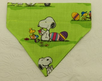 Snoopy at the Egg Hunt! Green Easter Egg Snoopy and Woodstock Holiday Bandana! Dog Cat Ferret Reversible 2 in 1 Over the Collar Bandana.