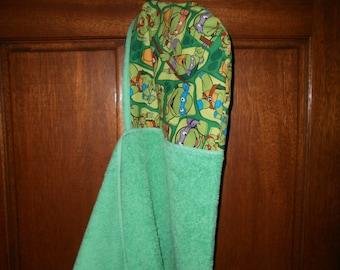 Hooded towel, bath towel, pool wrap, toddler hooded towel, boys towel, ninga turtlle, green towel, hooded beach towel, kids hooded wrap