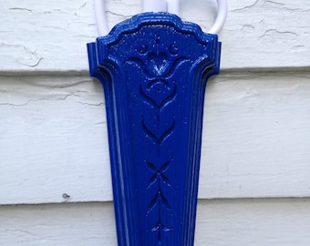 Vintage Homco Bright Blue Plastic Scissor Holder or Wall Pocket
