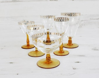 Vintage amber drinking glasses - Barware Gold honey glassware Assorted serving display yellow stemmed glass orange