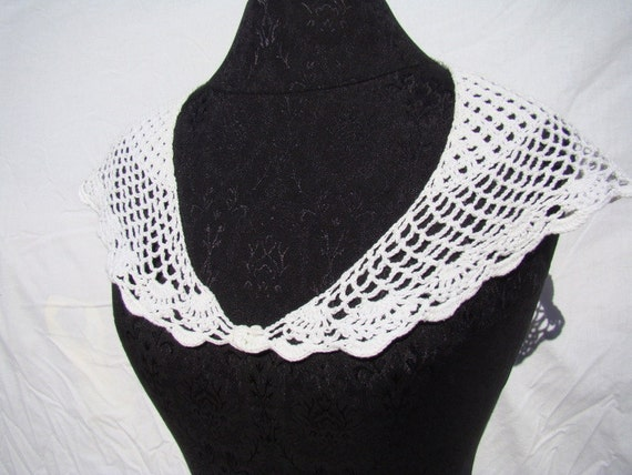 Victorian Lacy  Bandana Crocheted Collar