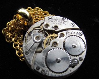 Steampunk Gorgeous Guilloche Engraved Waltham Watch Movement Necklace Pendant Z 54