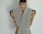 Hand crocheted scarf, light gray