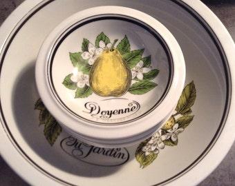 Vintage French Parisian Fruit du Jardin Six Porcelain Bowls and Large Serving Bowl, Porcleaine D'Auteuil Paris France, French Country