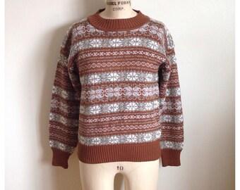 Vintage brown print sweater