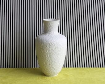Vintage East German Bisque Porcelain Matte Vase by Kunstporzellan Ilmenau - GDR