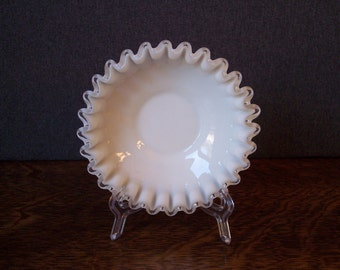 Milk Glass Silvercrest Fenton Ruffled Edge Small Candy Dish Bowl