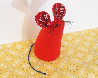 Mouse Pincushion Mouse Pin keep Mouse Pinkeep Bustle and Sew Wool Pincushion Americana Pincushion