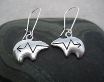 Silver Zuni Bear Earrings - Bear Fetish Earrings - Native American - Symbolic Jewelry