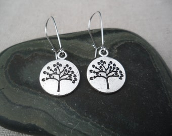 Silver Tree Disc Earrings - Silver Tree Jewelry - Nature - Tree of Life - Simple Everyday Silver Earrings