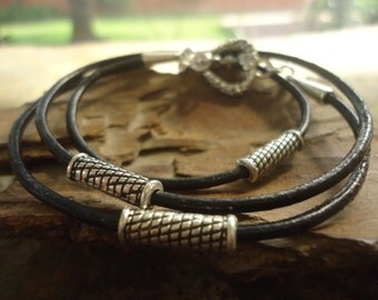 THREE SPACER & HEART - leather wrap bracelet (871)
