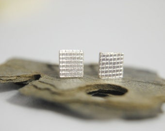 SQUARES. Silver squares earrings.