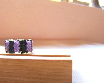 Purple and Black Stripes Seed Bead Ring  Stripes Beaded Ring  Peyote Ring  Mens Ring Womens Ring  Black and Purple Beadwoven Ring
