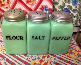 3 Vintage Large Square Jadite Jadeite Shakers Range Set Salt Pepper Flour McKee