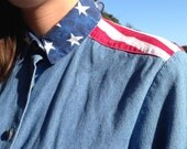 FREE SHIPPING 90s Stars and Stripes Denim Button Up USA Shirt Medium