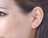 Falling Star Ear Bar, Yellow Gold Ear Cuff, Edgy Pin Earrings, Striking Star Ear Wrap, Minimalistic, Modern Jewelry, Gift, EC015