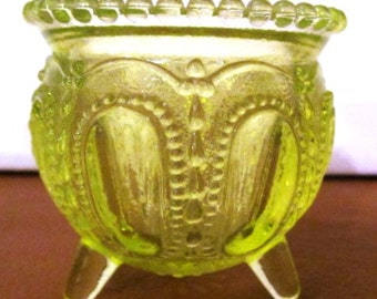 """VALENTINESALE Vintage Vaseline Glass Small Kettle """"Witch's Kettle"""""""
