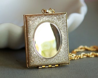 Vintage Brass Locket Necklace,Locket Necklace, Jewelry,Geometric Necklace, Wedding Locket