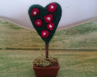Queen of Hearts Dollhouse Needle Felt Rose Bush. Felt Topiary Plant.  Felt Rose Bush.  Dollhouse Plant. Alice in Wonderland