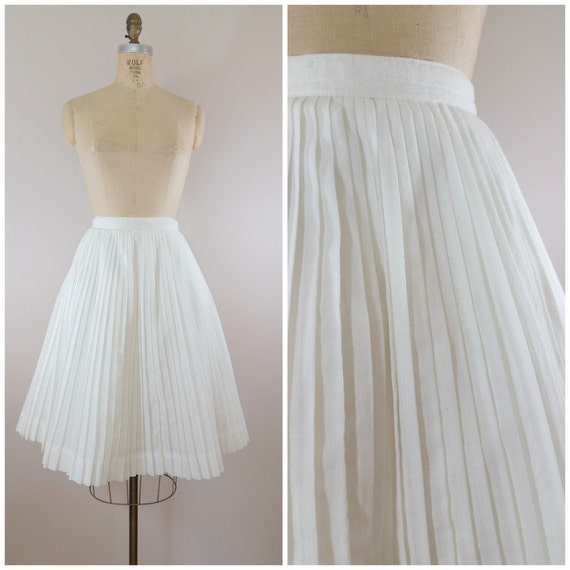 1950s white pleated skirt vintage 50s white skirt