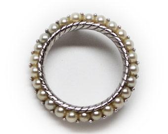 Lovely Silvertone Trifari Faux Pearl Wreath Brooch/Pin