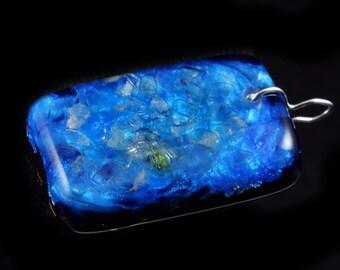 Iridescent Blue Orgonite Orgone  Pendant ... Fluorite, Arkansas Crystals, Phenacite, Petalite, Shungite, Tourmaline, Selenite, Peridot (h16)