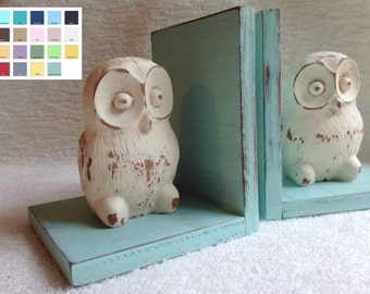 Owl Figurines Set of Bookends//Available in a Variety of Colors//Farmhouse Decor//Gifts for Her//Handmade in the USA//Birthday Gift