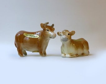 Vintage 1960's collectable Japanese porcelain hand painted cow pepper and salt shakers