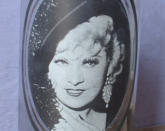 Vintage 1970's Arby's collectible drinking glass, Mae West, 1979, I'm no Angel, 1930's movie, Black and white glass, Lesbian birthday gift