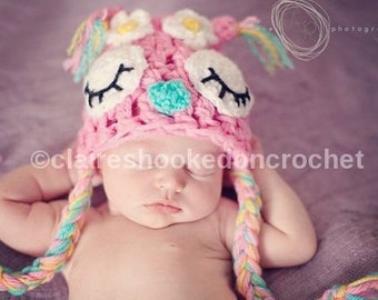 pink baby owl hat. 0-3 mo size. Daisy flower Owl Hat, newborn photography prop or great gift.
