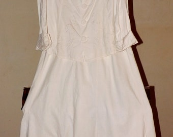 Antique Edwardian Walking Suit. Vintage 1915-1920s White Embroidered Jacket and Skirt. Small to Medium