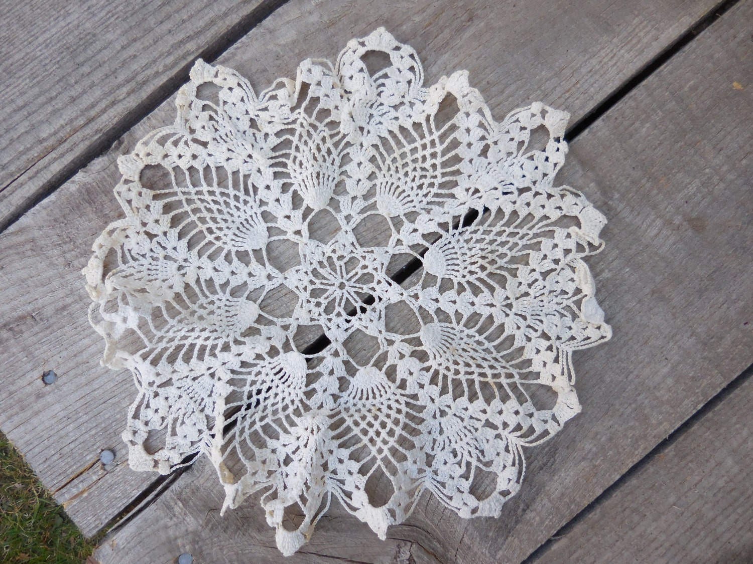 Vintage Round White Crocheted Doily 1950s To 1960s Furniture