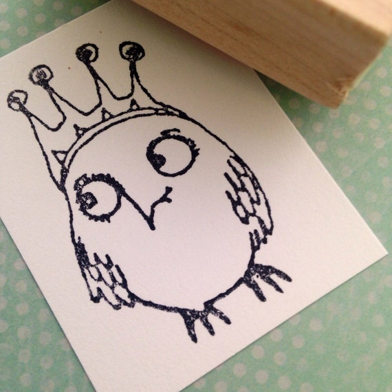 Bigger Owl Queen Wood Mounted Rubber Stamp 6464