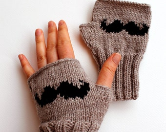 Moustache Glove / Hand Knitting Fingerless Gloves Mittens Arm Warmers Harvest Beige . Autumn trend.