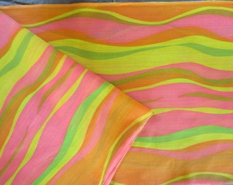 "1960s Mod Fabric // Wavy Lightweight, Semi-Sheeer Yardage  // Deadstock...2 yards long X 46"" wide"