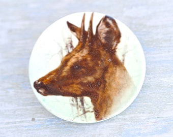 Deer Brooch - Porcelain Disc - Fawn - Wild Animal Lapel Pin