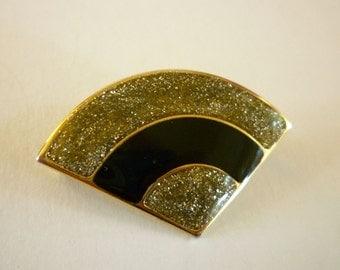Vintage Black Gold Confetti Fan Shaped Pin Brooch