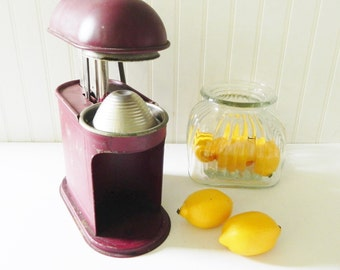 1940s Juicer with Large Metal Handle - Primitive Red Farmhouse Juicer