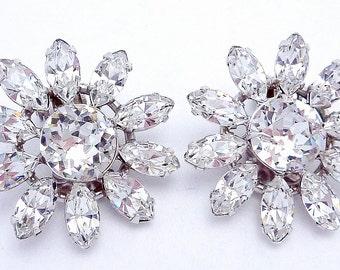 Vintage Vogue Silver Tone Large Glittery Flower Daisy Rhinestone Earrings 20959