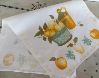 Vintage Luther Travis Kitchen Towel Hand Towel Kitchen Dish Towel Dish Rag Tea Towel Apples and Oranges Retro Towel Cotton Towel