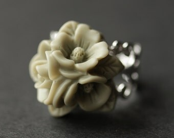Army Green Flower Ring. Flower Cluster Ring. Gray Green Ring. Silver Ring. Filigree Ring. Adjustable Ring. Flower Jewelry. Handmade Jewelry.