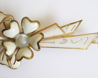 SALE Vintage Brooch - Moonglow and Metal - Cream and Gold Brooch