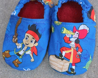 Toddler and Little Kids Slippers/Day Care/Preschool Shoes with Jake and the Neverland Pirates