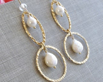 Long Pearl Earrings 14kt Gold Fill Hoop Circle Hammered Jewelry Akoya Freshwater Cultured Pearl Wedding Bridal Bride Earrings Jewelry