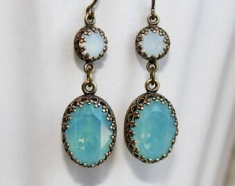 Pacific Opal Swarovski Earrings, Pacific Opal Earrings, Swarovski Crystal, Vintage Style Rhinestone earrings